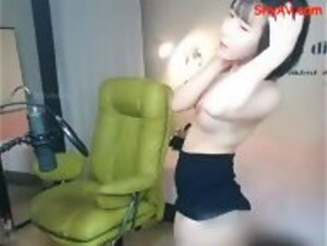 SW-436 AV Pockie Asianporn A Schoolgirl Who's Gotten Wet From Sweat Or The Rain In A See Through Bra And Panty Shot Will